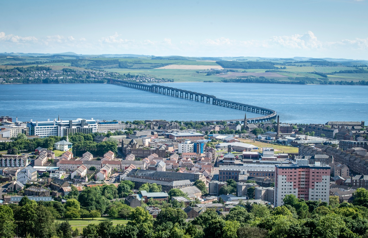 Dundee Cityscape & the Tay Bridge